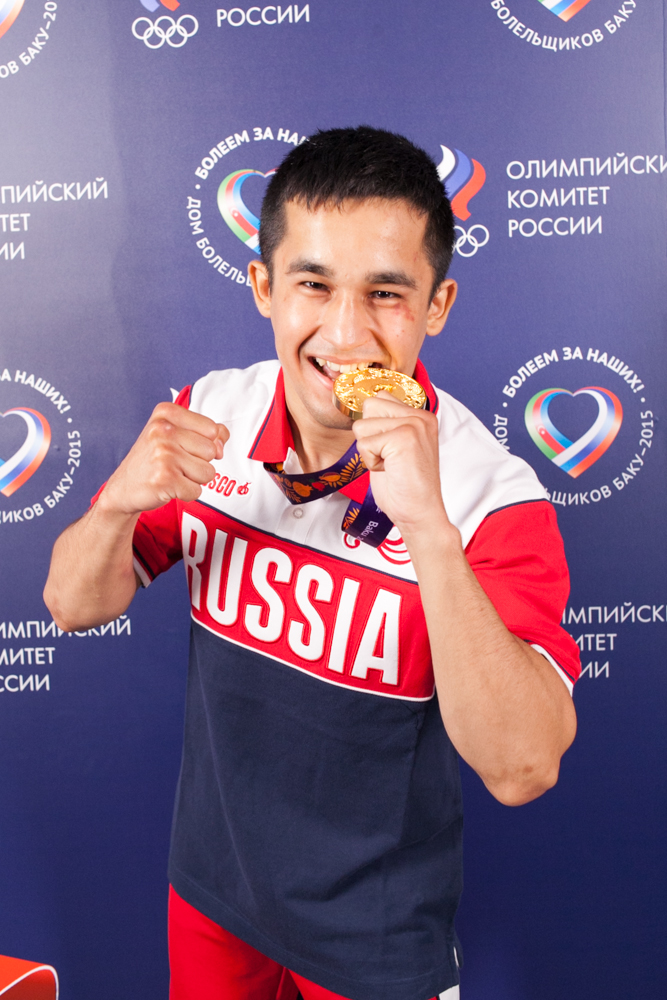 Бахтовар Назиров - чемпион ЕИ по боксу